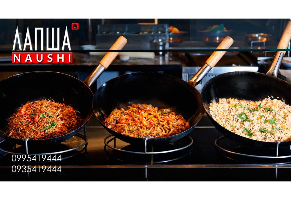Лапша на уши, доставка японской лапши wok вок на Борщаговке в коробочках